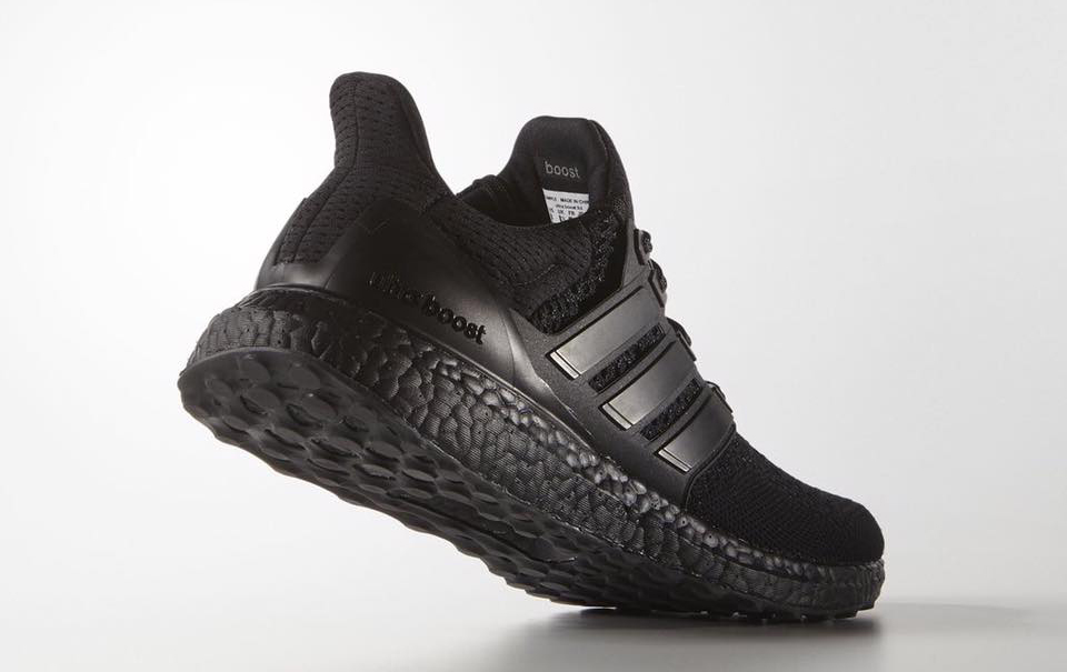 adidas-ultra-boost-triple-black3