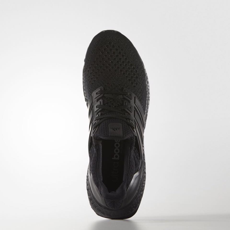 adidas-ultra-boost-triple-black4