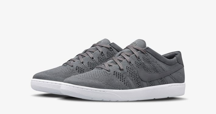 Roger Federer x NikeCourt Tennis Classic Ultra Flyknit Dark Grey