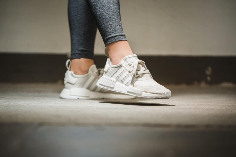 womens-adidas-nmd-r1-chalk-03