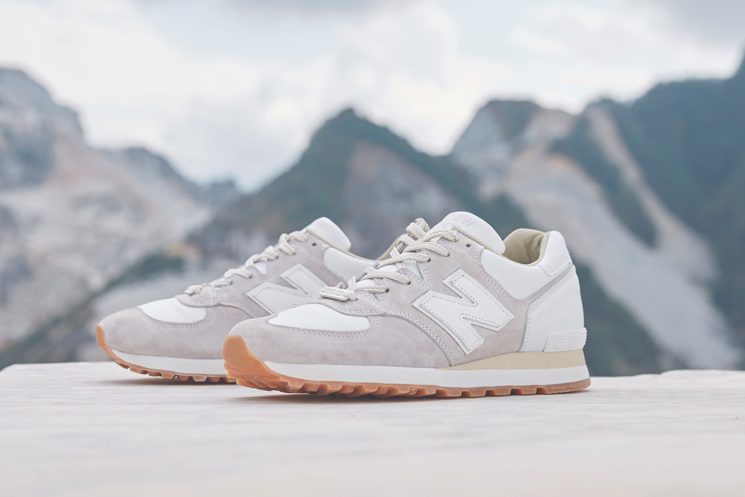 END x New Balance 574 Marble White