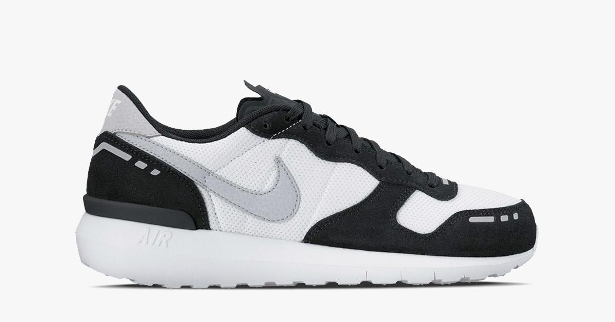 Womens Nike Air Vortex 17 Black White