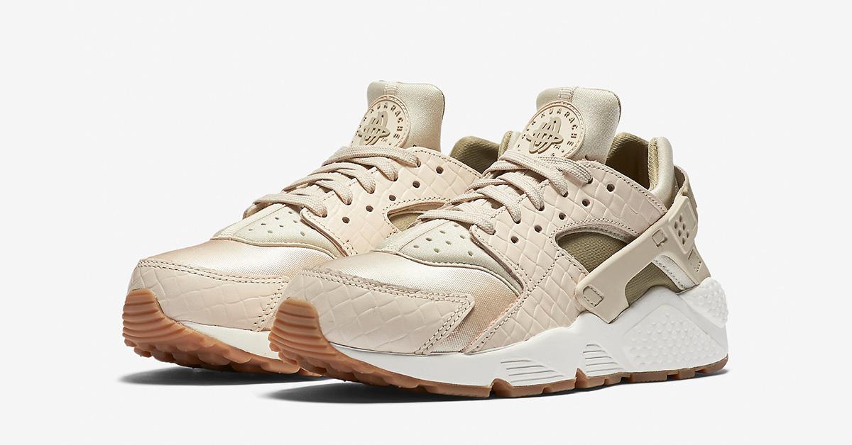 Womens Nike Air Huarache Premium Weave Oatmeal