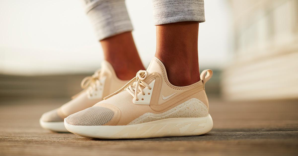 Womens Nike LunarCharge Essential