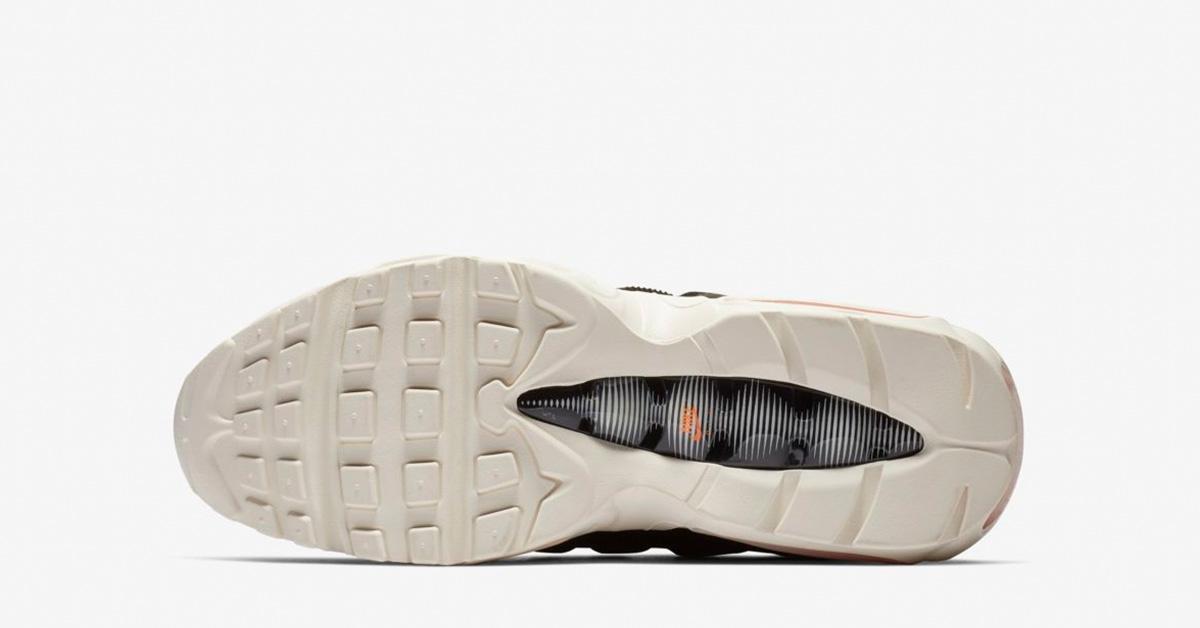 Carhartt-WIP-x-Nike-Air-Max-95-AV3866-001-04