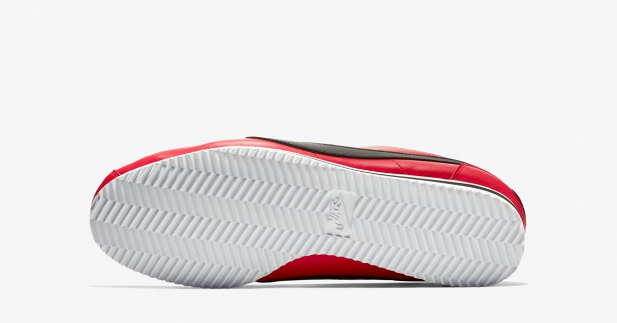 Nike-Classic-Cortez-Premium-Red-Orbit-04