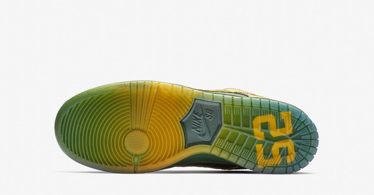 check out b8e6e 99c82 Nike SB Dunk Low Pro Doernbecher 2018 - Next Level Kickz