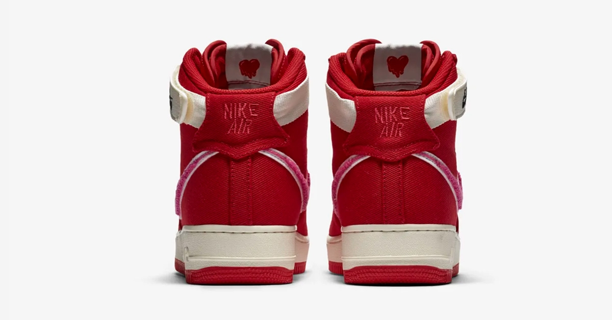 Nike-x-Emotionally-Unavailable-10